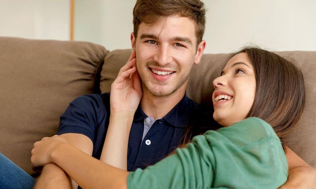 Фото: Молодая пара влюбленных