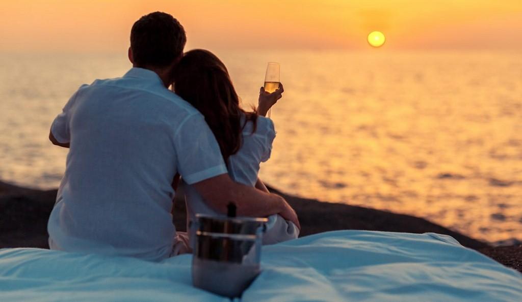 Фото: Романтика на закате у моря