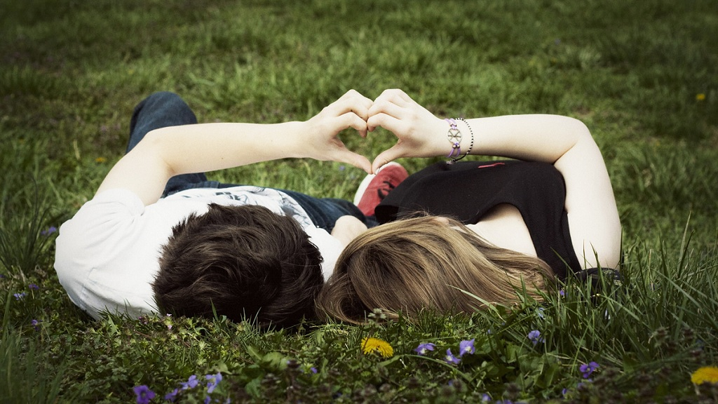 Фото: Романтизм на траве