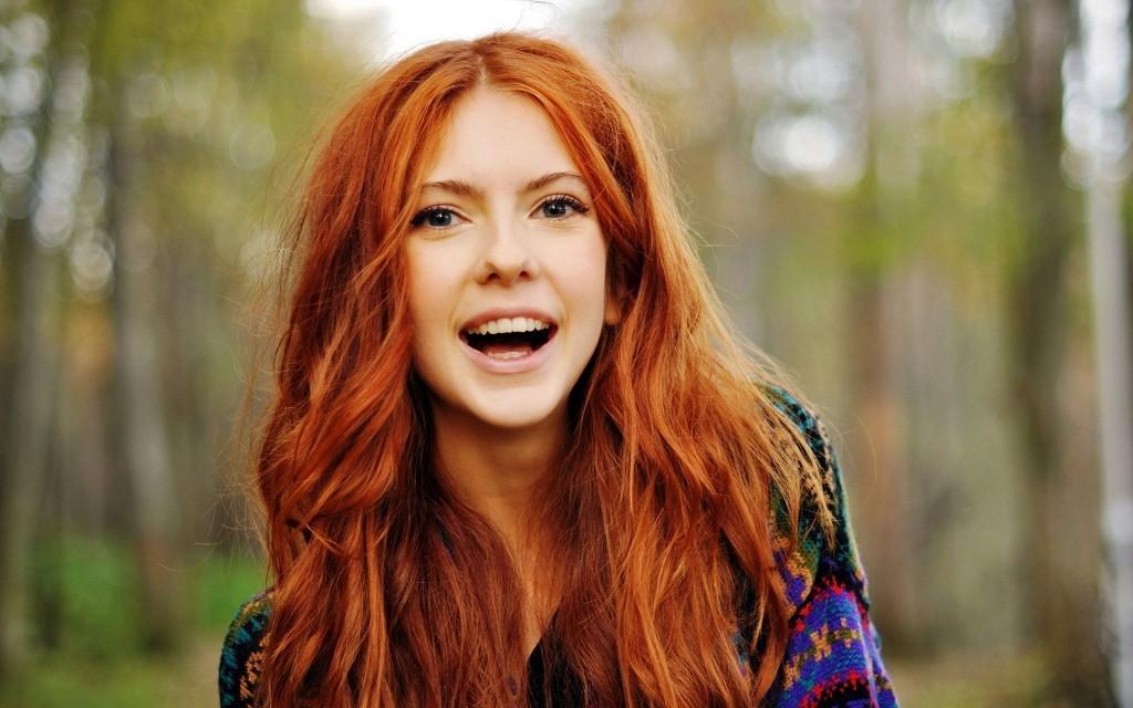 Фото: Сказочная женская улыбка влюбчивости