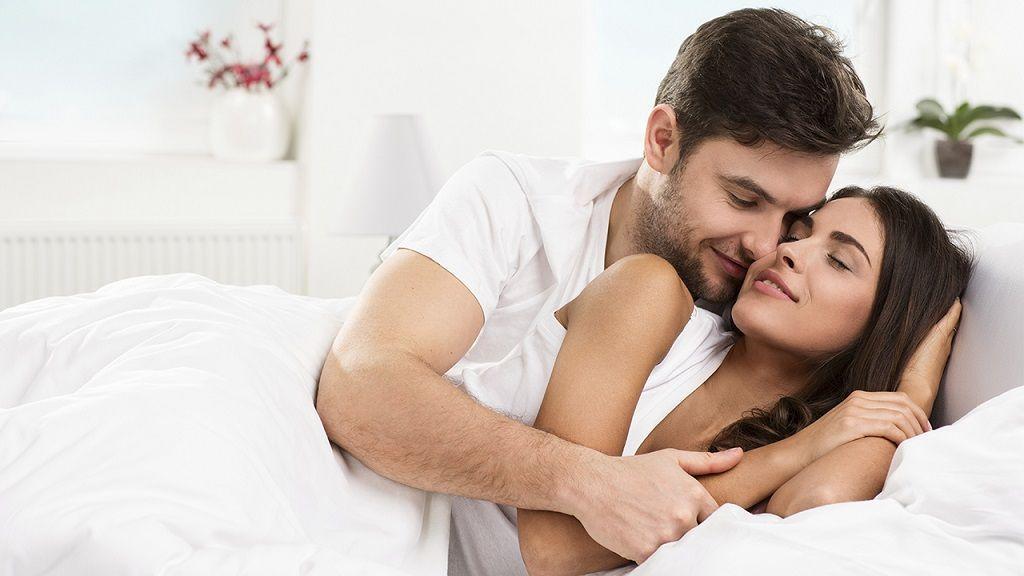 Фото: Постельные отношение супругов