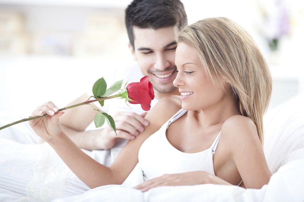Фото: Роза в постель любимой