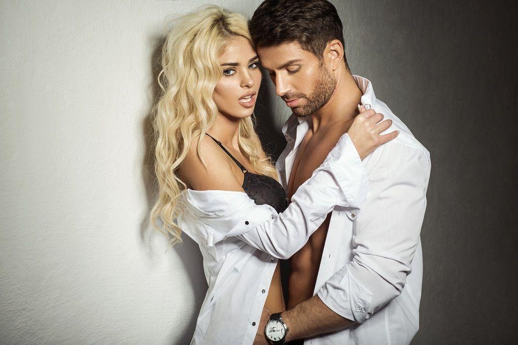 Фото: Сексуальные страсти влюбленных