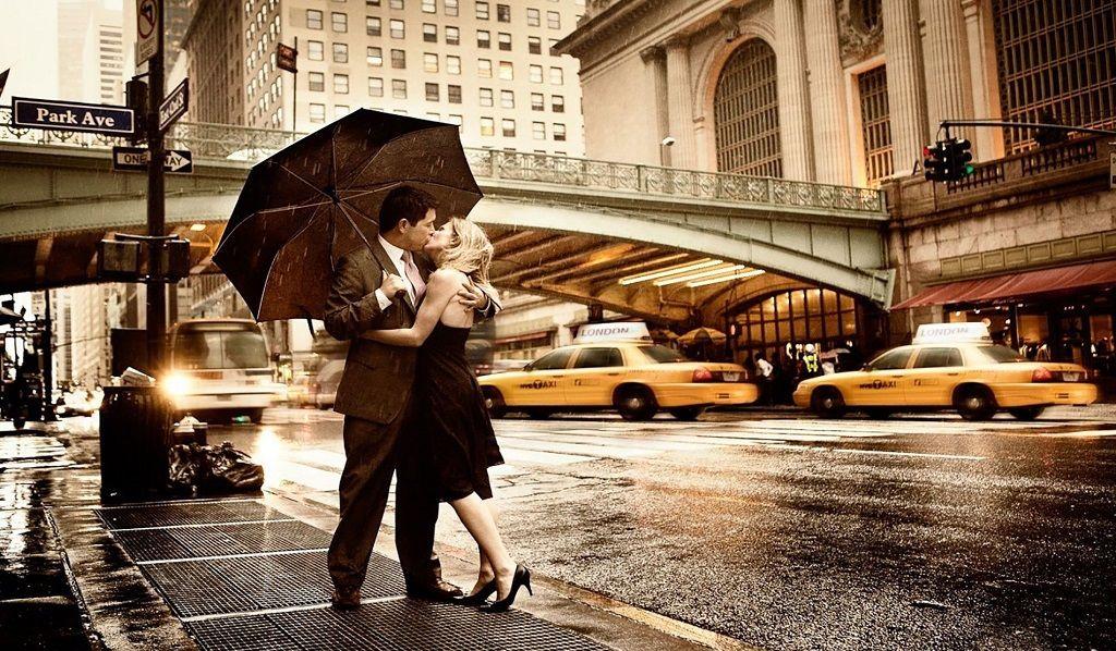 Фото: Уличная страсть любовников