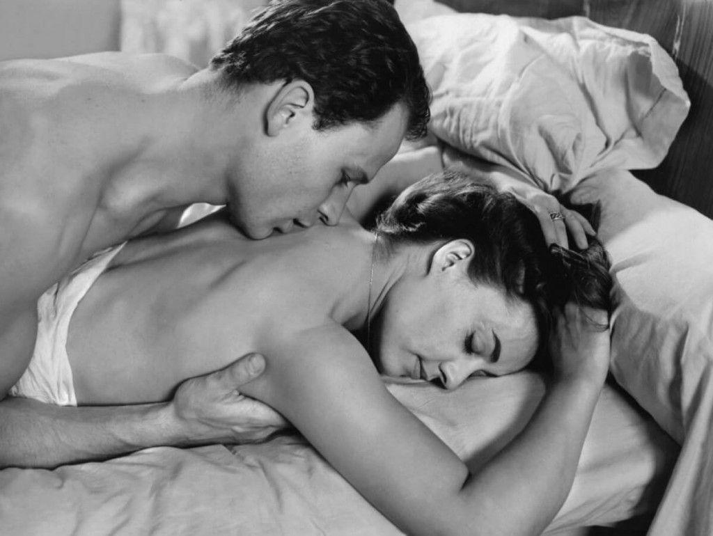 Фото: Постельная страсть пары