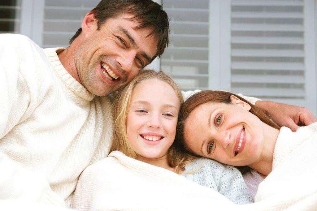 Фото: Счастливая семейная улыбка