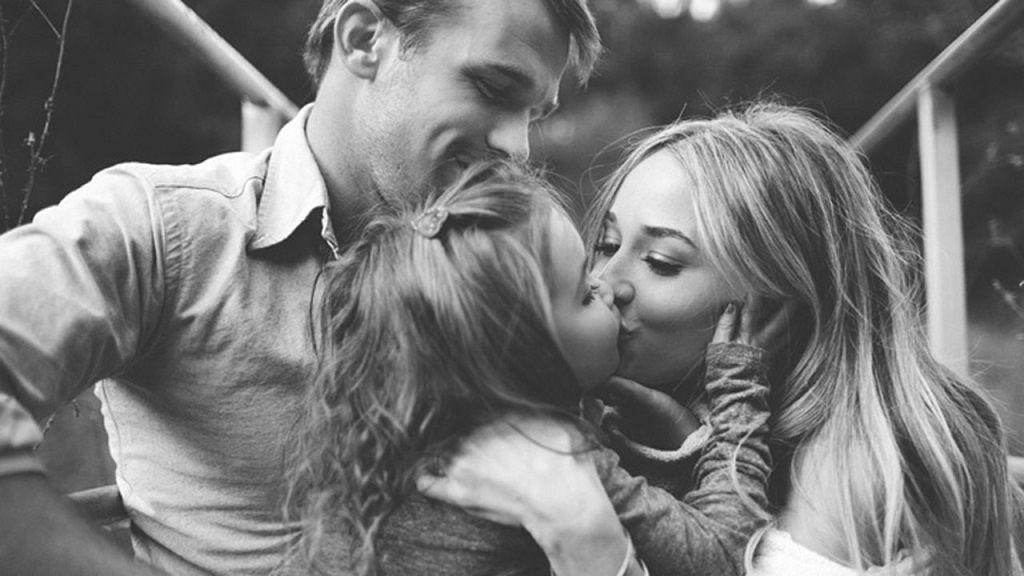 Фото: Материнский поцелуй