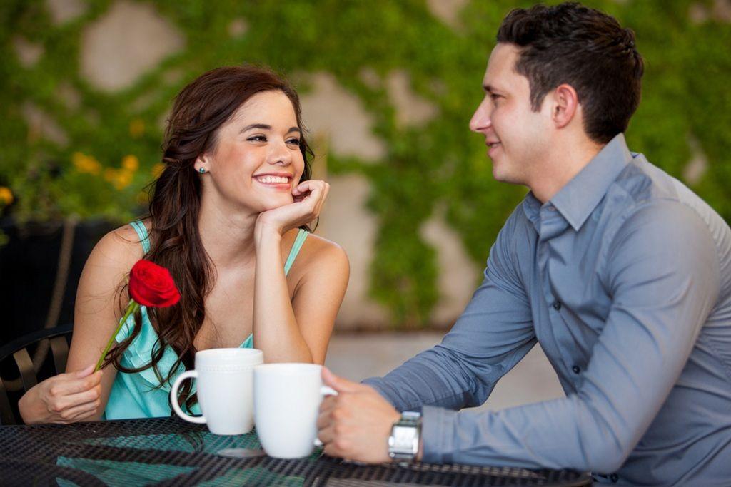 Фото: Романтическая беседа парочки