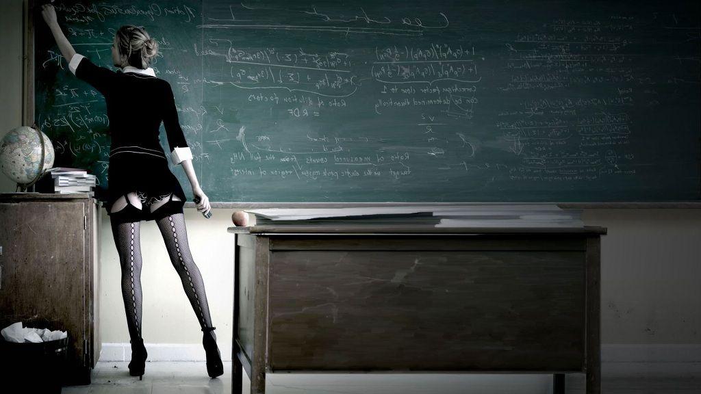 Фото: Секси преподавательница