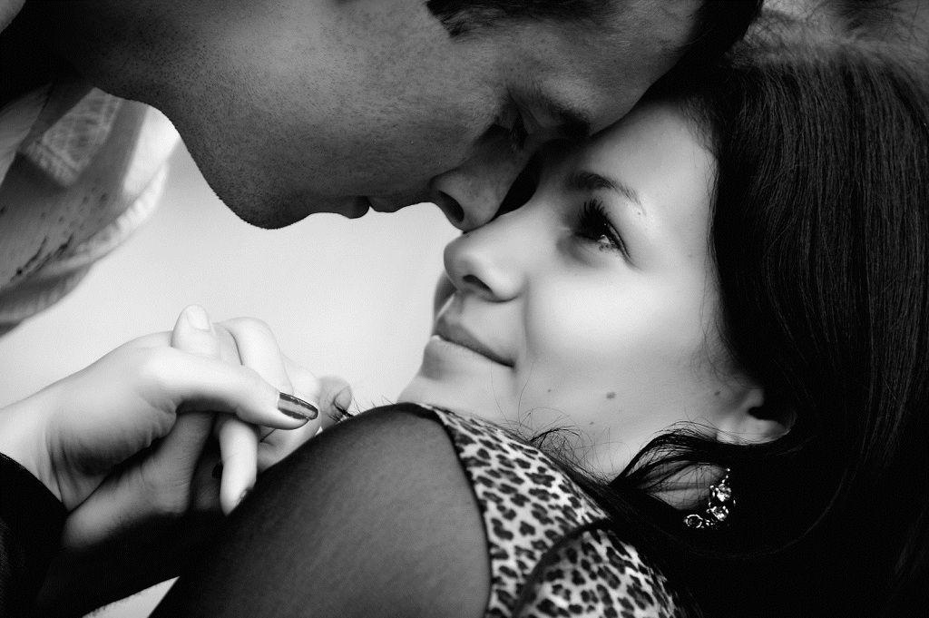 Фото: Взгляд страсти и верности влюбленных